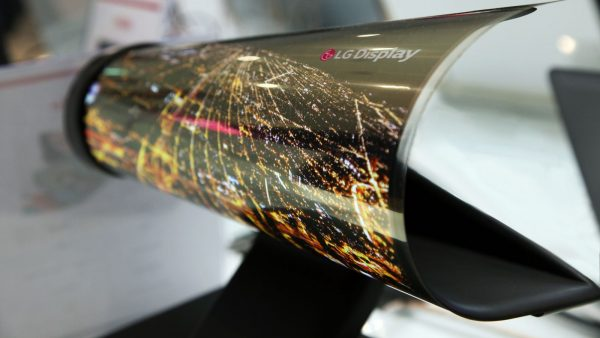 LG Roll-able OLED Screen, pur's Coolest Tech Gadgets of 2016 - Spur
