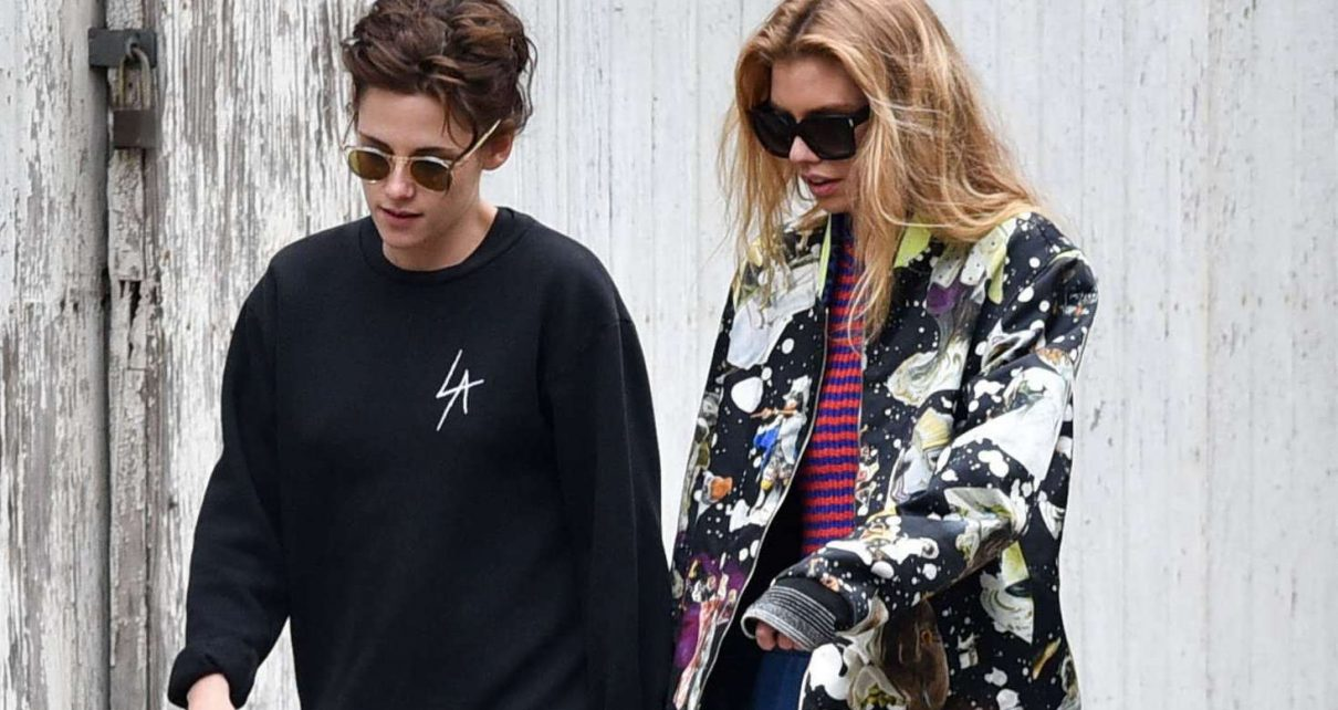 Kristen Stewart and Stella Maxwell out shopping in Savannah - spur magazine