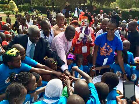 Besigye Throws Party for 200 Children In Kasangati 2