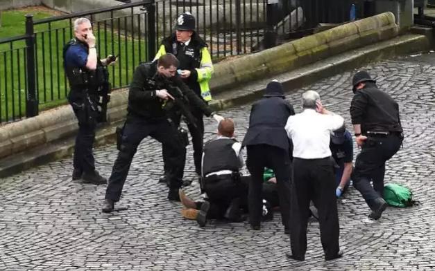 Security Forces shoot down terrorist London 2017 - Spur Magazine