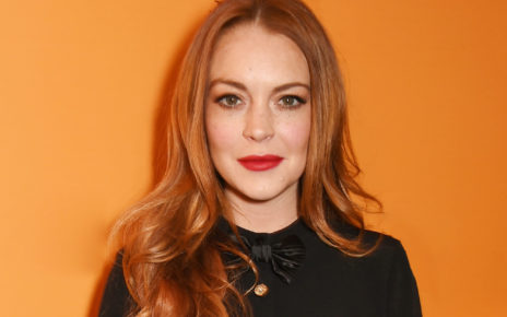Lindsay Lohan Bitten by Snake While On Vacation - Spur Magazine