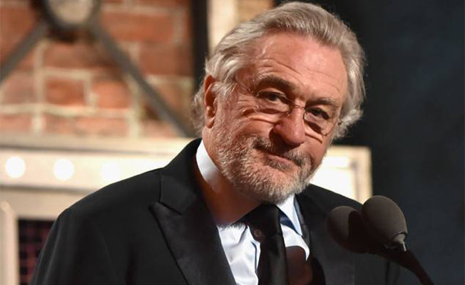 Robert De Niro Insults Trump at Tony Awards - Spurzine