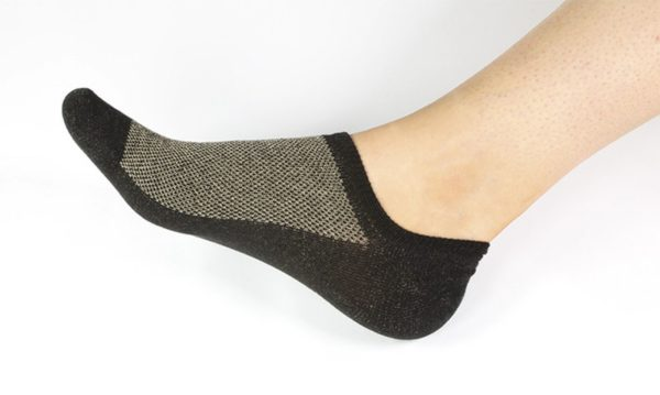 The End of Carbon In Your Socks Is Here | Spurzine