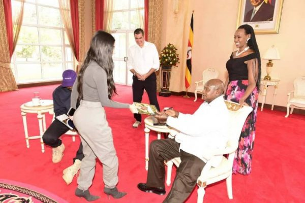 President Museveni Gives Kim Kardashian His Book, The Mustard Seed | Spurzine