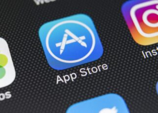 Apple's App Store Is A Good Example of Robbery Says Antitrust Committee Chair   Spurzine