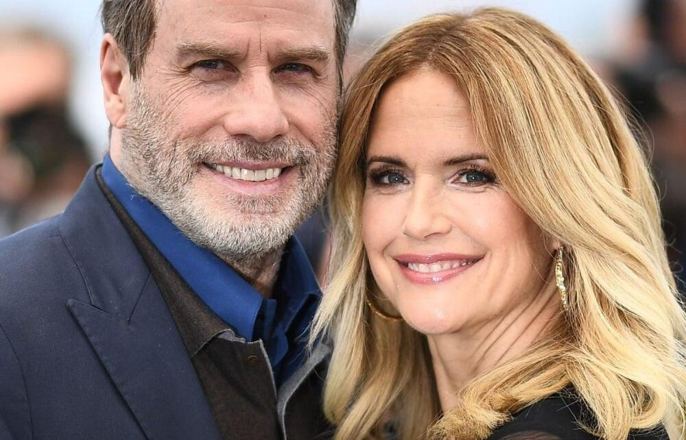 John Travolta's wife Kelly Preston Dies at 57 | Spurzine