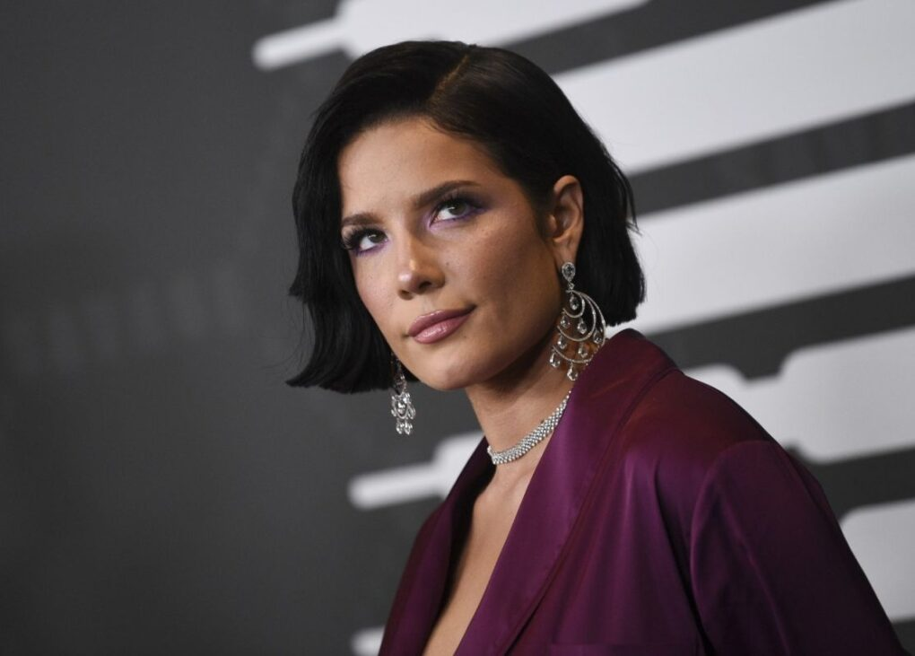 Halsey Says Getting a Grammy Nomination Is About 'Bribes' and 'Knowing the Right People' | Spurzine