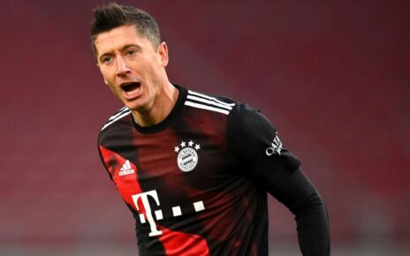 Robert Lewandowski Beats Messi and Ronaldo to Win FIFA Award for Best Player | Spurzine