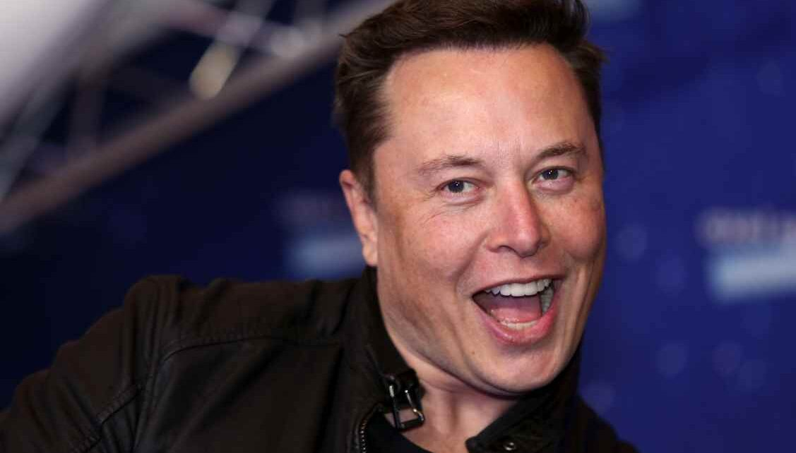 Elon Musk Changes His Job Title to Something Way Cool and Less Boring | Spurzine